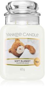 Yankee Candle Soft Blanket illatos gyertya