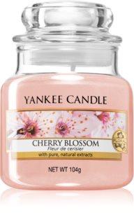 Yankee Candle Cherry Blossom mirisna svijeća Classic mala