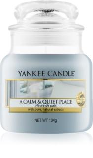 Yankee Candle A Calm & Quiet Place świeczka zapachowa