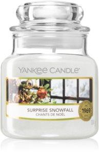 Yankee Candle Surprise Snowfall candela profumata
