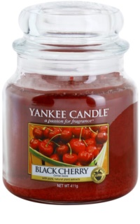 Yankee Candle Black Cherry scented candle Classic Medium