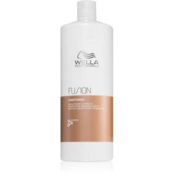 Wella Professionals Fusion Balsam intensiv cu efect regenerator balsam regenerant intensiv pentru par deteriorat notino.ro