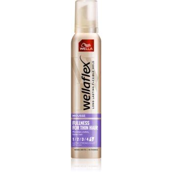Wella Wellaflex Fullness For Thin Hair spuma cu fixare foarte puternica
