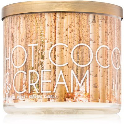 Bath & Body Works Hot Cocoa & Cream scented candle III