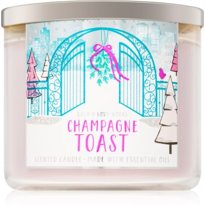 Bath & Body Works Toast ароматна свещ  III.