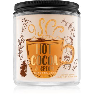 Bath & Body Works Hot Cocoa & Cream scented candle II.