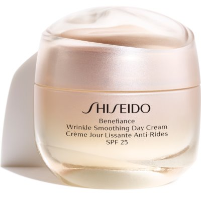 Shiseido Benefiance Wrinkle Smoothing Day Cream  crema de zi anti-rid SPF 25